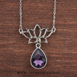 Colgante Espiritual -   Flor de loto y lágrima de cristal facetado malva  - Con cadena - C219 - UNIDAD