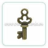 Charm Llave bronce mini CHAOOO-10 unidades - 004
