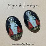 Cabuchón Cristal Religión - Virgen de Covadonga - fondo negro