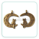 Charm Luna y Gato bronce viejo CHAOOO-P124576 (2 unidades)