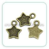 Charm estrella bordecito bronce viejo (25 unidades) C208