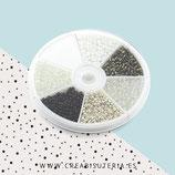 Abalorios -  Cajita redonda 6 tonos de color BLANCO Y NEGRO ABAM046