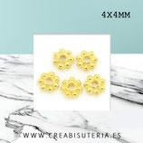 Entrepieza dorada - flor disco plana 4x4mm - DO1-  ENTOOO-C079 (200 piezas aprox.)