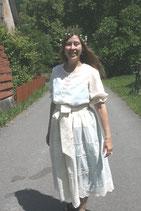Romantisches Kleid. Als alternatives Brautkleid mit per hand gehäckelter filet Spitze . 100% Baumwolle. Unikat. Gr. 40-42.