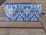 Ornamente blau oder pflaume