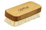 Kosmetikbürste (in Buche Schichtholz) mit weichen Borsten