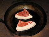 Kotelett vom Mangalitza-Schwein mit Knochen