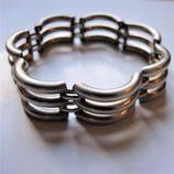 Armreif-Unikat in Silber, ohne Verschluss, ca.17- 18 cm, für schmale bis normale Hände. Einzelstück