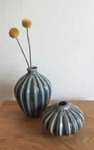 broste Vase aus Keramik mit Rillen