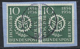 BERL 138 gestempelt waagrechtes Paar auf Briefstück