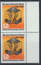 BERL 720 postfrisch senkrechtes Paar mit Bogenrand rechts