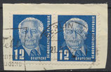 251 gestempelt waagrechtes Paar auf Briefstück (DDR)