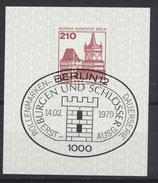 BERL 589  gestempelt mit Ersttagssonderstempel