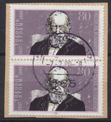 BRD 1371 gestempelt senkrechtes Paar auf Briefstück
