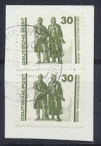 DDR 3345 (2x) gestempelt auf Briefstück