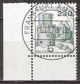 590 gestempelt mit Eckrand links unten (BERL)