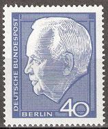235 postfrisch (BERL)