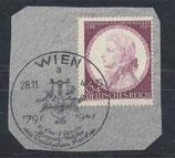 DR 810 gestempelt mit Ersttagsonder-  stempel auf Briefstück