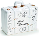 Spardose Hochzeitskoffer just married aus Keramik in Weiß/Gold