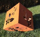 Gartendeko Würfel mit Blumenmuster, Rosenmuster oder Schmetterlingsmuster
