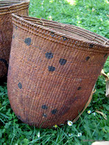 Yanomami Carring Basket (Dots)
