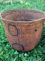 Yanomami Carrying Basket (circles with dots)