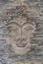 """Buddha """"Der Erwachende"""" in original grau/braun/silber"""
