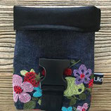 LäckiBag aus Jeansstoff ``Blume``