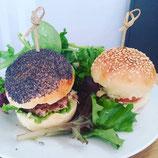 mini burgers trio