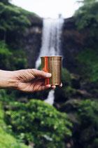Kupferwasserflaschen und -becher