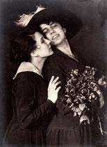 František Drtikol - 2 Frauen mit Rosenstrauß, 1919