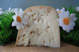 Fenegriek kaas aan het stuk