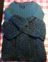 Origineller handgestrickter Wollpullover für schwangere Damen