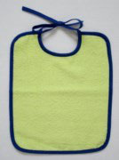 Bindelätzli lindengrün/ blau