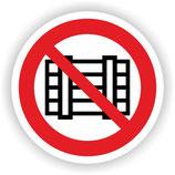 VER-016 Nicht abstellen oder Lagern