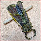 Haarspange Motte, rötlich mit gelben Details