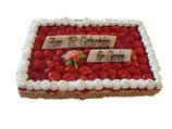 Torte eckig 30x30 cm für 15 Personen