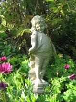 Gartenfigur Victorian Girl