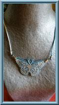 Papillon bleu de nuit  collier carton