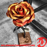 Rose en métal, Quantité limitée à quelques pièces pour les fetes de Nöel