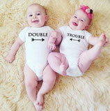 "rompertje set tweeling ""Double, Trouble"""