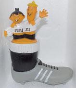 WM 1974 - Tip und Tap - Stiefelspardose