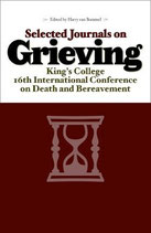 Selected Journals on Grieving - eBook