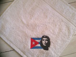"""SERVIETTE DE DANSE 30X30cm brodée """"Che et drapeau cubain"""""""
