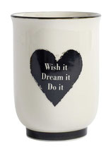 "Becher ""wish it,dream it, do it"""