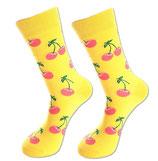 Socken mit Kirschen