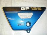 Cache laréral Suzuki 125 GP