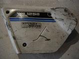 Cache latéral Honda 125 XLS