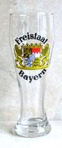 Weizenglas mit Freistaat Bayern
