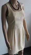 Kleid (massgeschneidert)